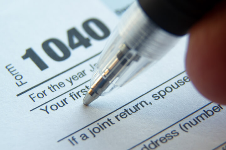 Filing corporation tax returns the easy way